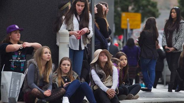 Waiting game ... Bieber fans outside Melbourne's The Langham Hotel.