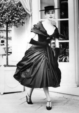 From head to toe ... a Dior design from 1957.