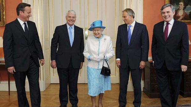 Some who were defeated ... Queen Elizabeth II poses with Prime Minister David Cameron and former prime ministers John ...