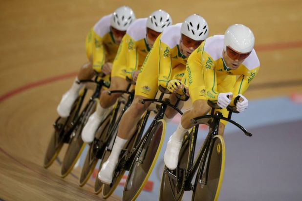 The Australian men's pursuit team on their way to qualifying second fastest, behind Great Britain.