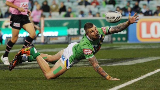 Josh Dugan just fails to ground the ball for a try.