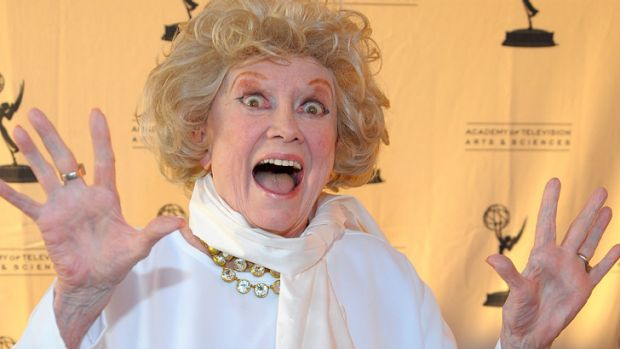 Last laugh ... Phyllis Diller has died at home.
