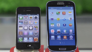 Samsung ordered to pay Apple $1b (Video Thumbnail)