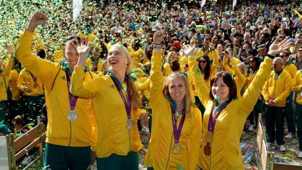 Canberra's Kim Crow (second from left) parties with fellow London Olympians Drew Ginn, Sally Pearson and Anna Meares, in ...