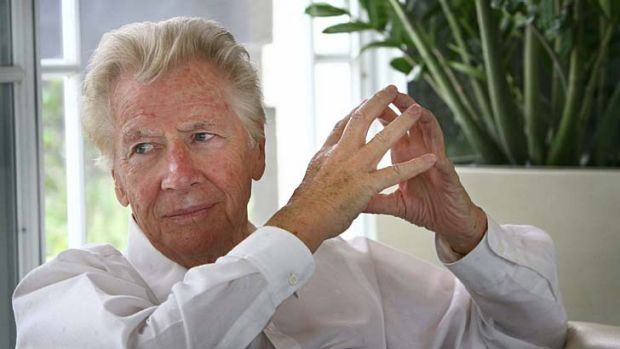 Max Bygraves pictured at his Gold Coast home in 2008.