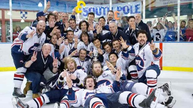 Melbourne Ice celebrate their threepeat.