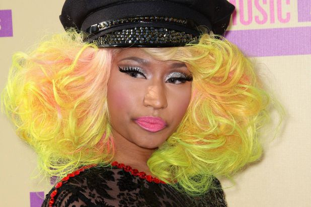 Rapper/singer Nicki Minaj arrives at the 2012 MTV Video Music Awards.