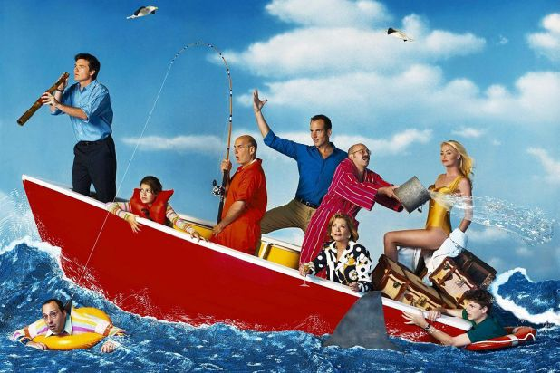 6. <i>Arrested Development</i>, a comedy about the dysfunctional Bluth family, was acclaimed by critics.