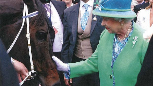 Racing royalty … Queen Elizabeth II meets the undefeated Black Caviar.