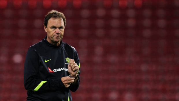 Holger Osieck looks on during a Socceroos training session.