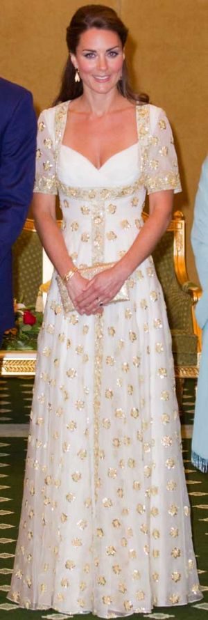The dress made a nod to the national flower of Malaysia, hibiscus.