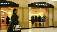 Burberry's flagship store mirrors online world (Video Thumbnail)