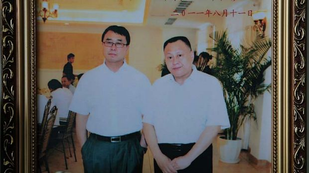Police chief Wang Lijun and lawyer Zhou Litai photographed  in the police cafeteria.
