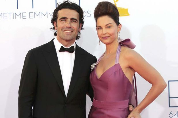 Ashley Judd of Missing and Scottish racecar driver Dario Franchitti.