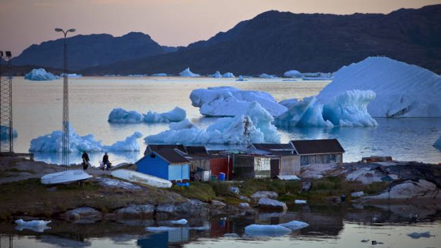 As warming temperatures upend traditional Greenlandic life, they are also offering up intriguing new opportunities for a ...