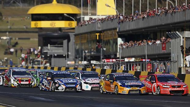 V8 Supercars is aiming for six offshore events by 2016.