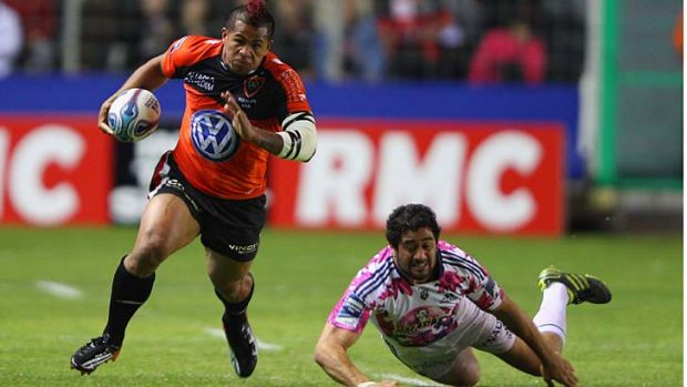 Former Western Force winger David Smith playing for Toulon.