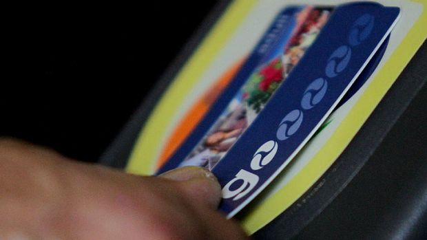 More than 2800 Go Card users have been charged for phantom trips.