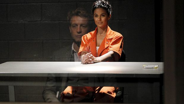 Emmanuelle Chriqui, who stars as Lorelei, gives some edge to the series.