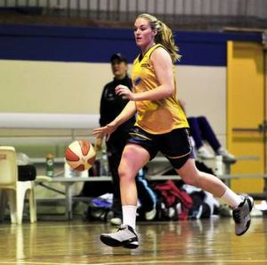 Samantha Norwood at Canberra Capitals training at the Canberra Basketball Centre.