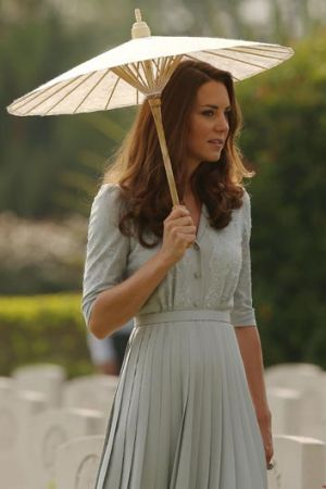 The Duchess of Cambridge stepped out with a parasol in Singapore - would you embrace the look?