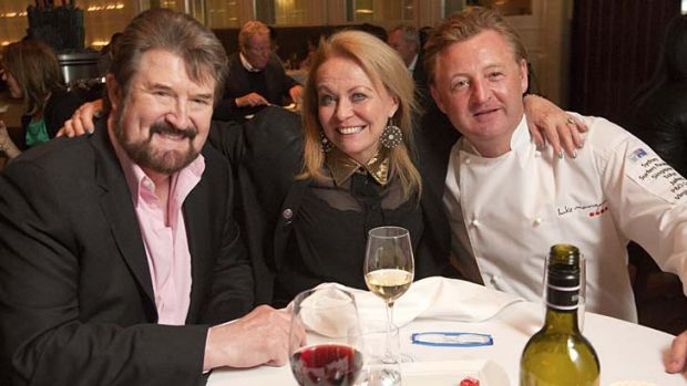 All go ... Derryn Hinch and Jacki Weaver with Luke Mangan at Glass on Friday.