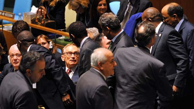 On top of the world ... Australia's Foreign Minister Bob Carr, centre, and Australia's Ambassador to the United Nations, ...