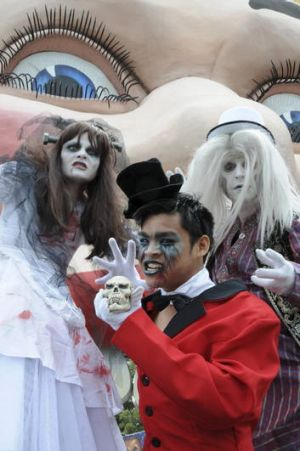 Early Halloween ... Luna Park's Halloscream offers ghoulish thrills this weekend.