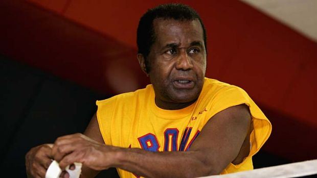 Emanuel Steward ... trained 41 world champion boxers.