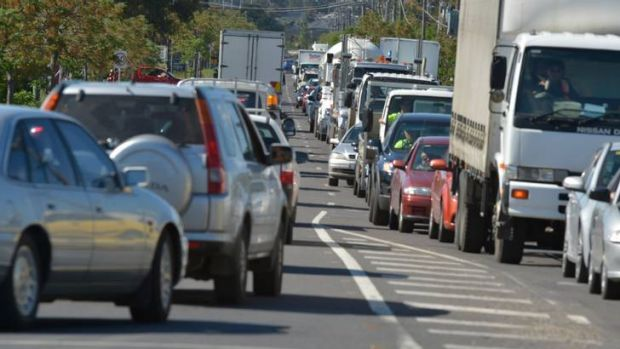 Traffic snarls in South Morang, at the corner of Miller and Cooper streets yesterday.
