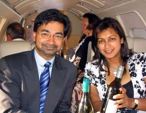 The original picture of Lloyd Rayney and Corryn Rayne