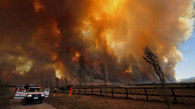 Black Saturday ... a bushfire rages out of control from Bunyip State Park in Victoria.