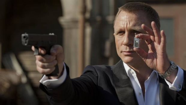 Daniel Craig as James Bond reveals his pared-back arsenal in <i>Skyfall</i>.