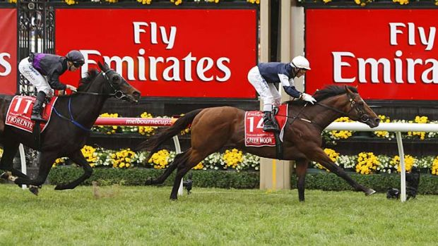 Sprint home ... Green Moon and Brett Prebble salute.