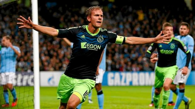 Ajax's Siem de Jong celebrates scoring against Manchester City in their Champions League group D match at Etihad Stadium ...