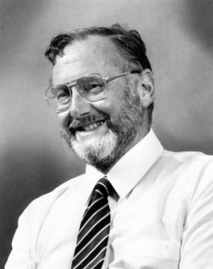 Archive image from 1987 of former <i>Canberra Times </i>Editor John Allan.