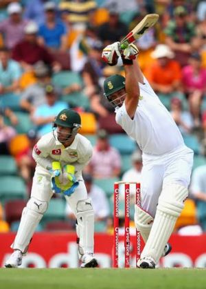 Ominous ... Jacques Kallis was in fine touch on the first day of the First Test at the Gabba on Friday.