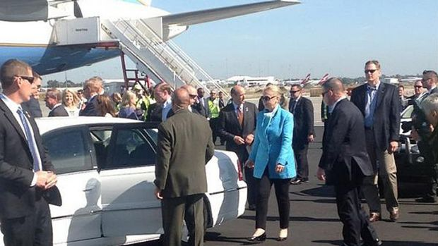 Hillary Clinton touches down in Perth.