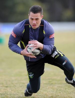 Ex-Raiders back-rower Bronson Harrison has officially joined the Dragons.