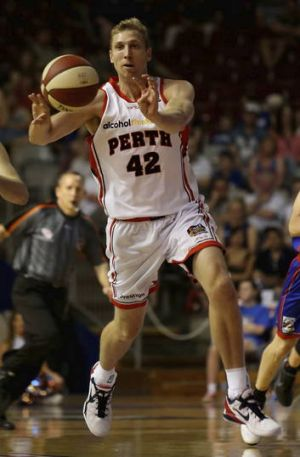 Wildcats veteran Shawn Redhage will be a key player when Perth open their new arena against Adelaide on Friday night.