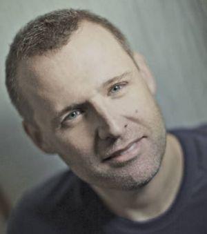 Author Steve Worland.