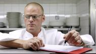 Two <i>Fat Duck<i> chefs die in Hong Kong bus crash (Video Thumbnail)