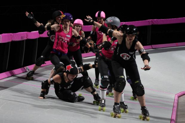 L.A Derby Dolls v Gotham City from Allphones Arena in  Sydney.