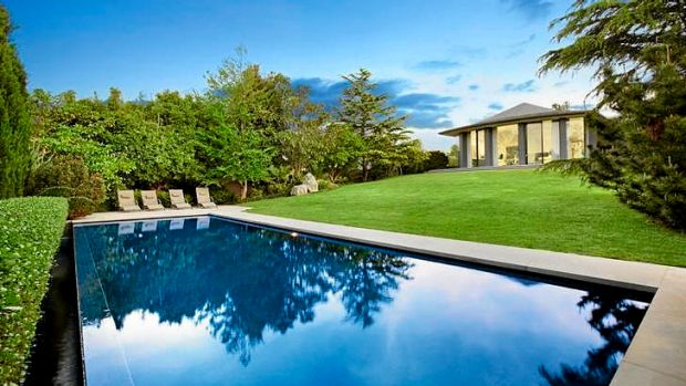 3 Macquarie Road, Toorak, has sold for $16 million in a strong start for the luxury property market.
