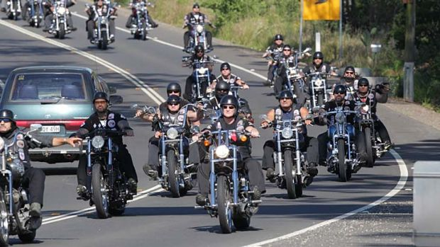 Police a cracking down on 'outlaw' motorcycle gangs.