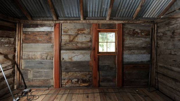 Bob Moon and Uwe Petersohn are renovating the historic Tralee Slab Hut in Hume.