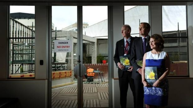 Minister for workplace safety and industrial relations Simon Corbell, joined by Inquiry Chairperson Lynelle Briggs, ...