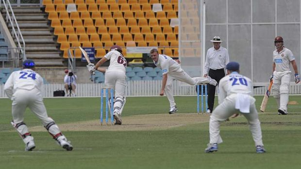 Timely reminder … overlooked again for Test selection, NSW paceman Doug Bollinger had Queensland reeling at 2-0 ...