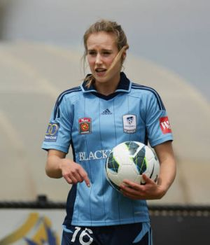 Sydney FC's Ellyse Perry will take on her former Canberra United teammates for the first time this weekend.