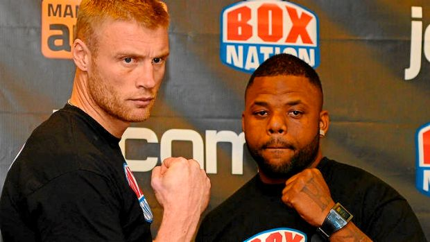 Andrew Flintoff (L) and US boxer Richard Dawson.
